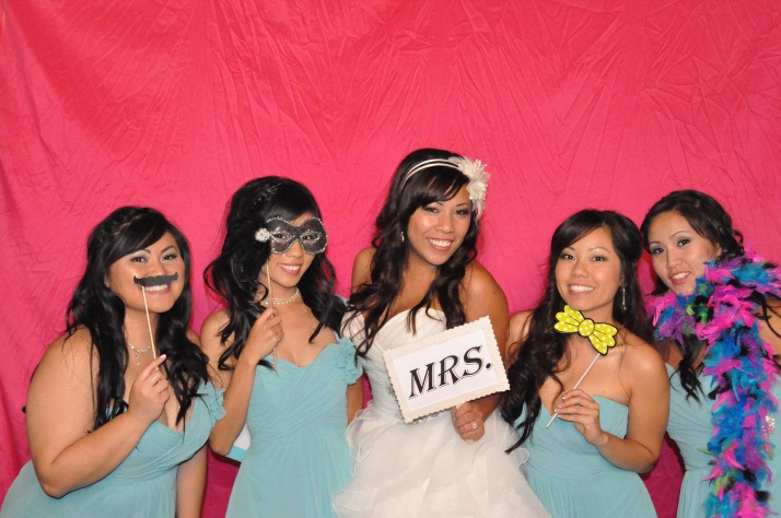 Jessica with her bridesmaids.