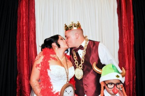 alt img=photo booth for wedding