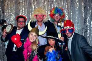 alt img=photo booth for weddings